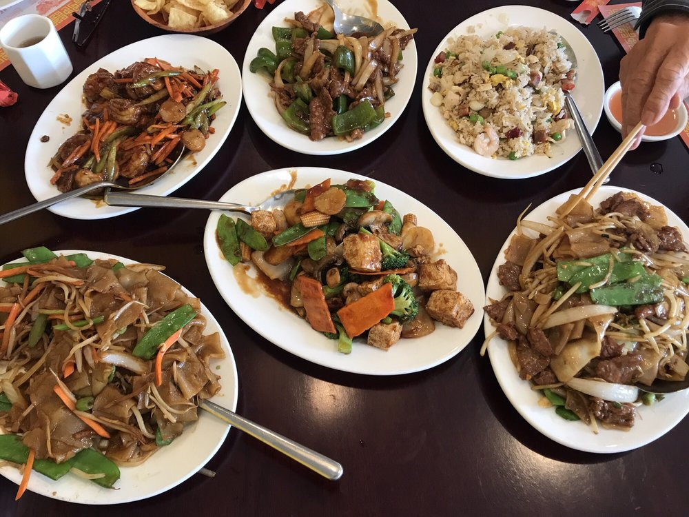 Great Wok Chinese Restaurant: 662 Rte 70, Lakehurst, NJ