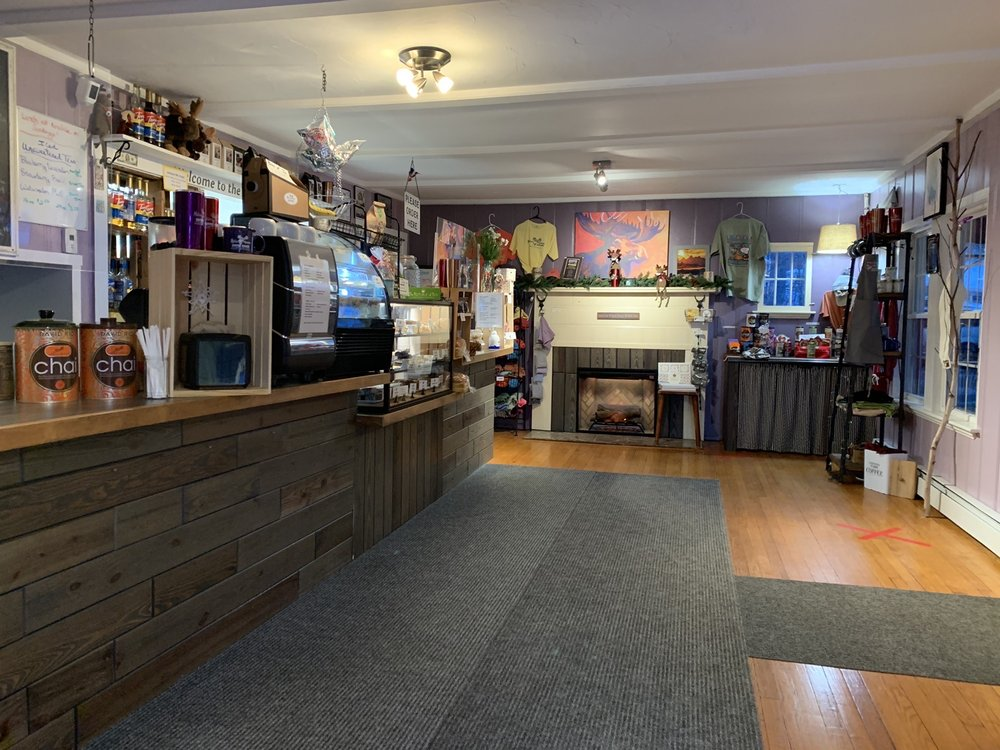 Mello Moose Coffee House: 136 Daniel Webster Hwy, Meredith, NH