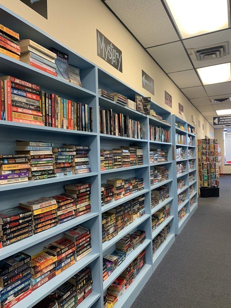 Starr Books dba Gently Used Books: 19 Douglassville Shopping Ctr, Douglassville, PA