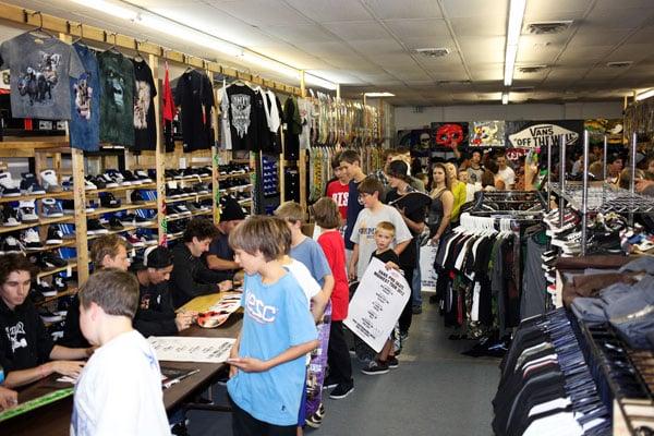Rise Skateboard Shop: 622 S Range Line Rd, Carmel, IN
