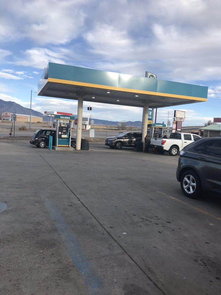 Valero: 100 Central Ave, Carrizozo, NM