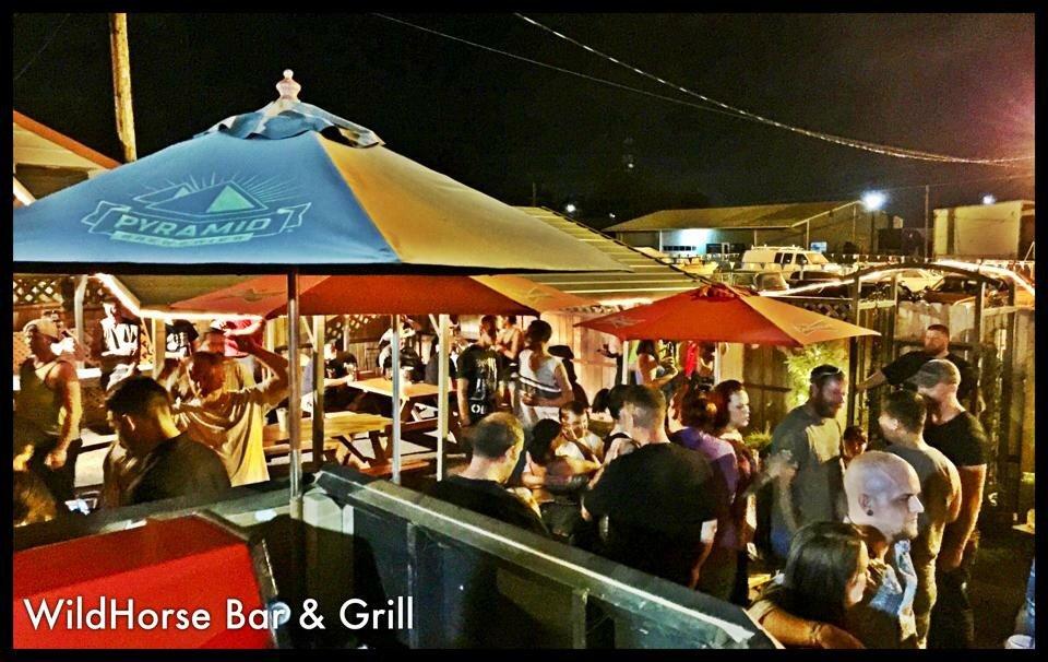 Wildhorse Bar & Grill: 110 S Molalla Ave, Molalla, OR