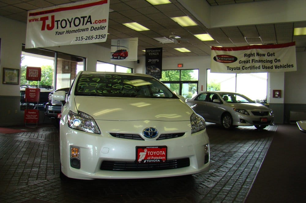 Tj Toyota Showroom 810 Yelp