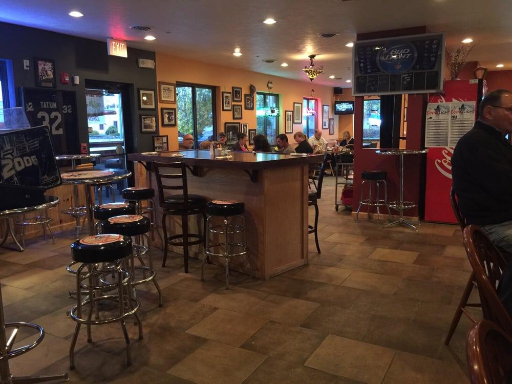 Origlio's Wagon Wheel Restaurant: 212 Main St, Oneida, NY