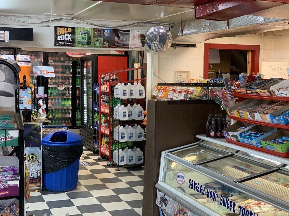 Graves Grocery: 1779 Rockfish Valley Hwy, Nellysford, VA