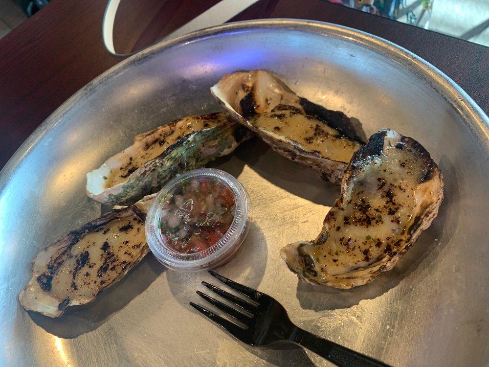 Crazy Lu Seafood Shack: 1631 Goodman Rd, Horn Lake, MS