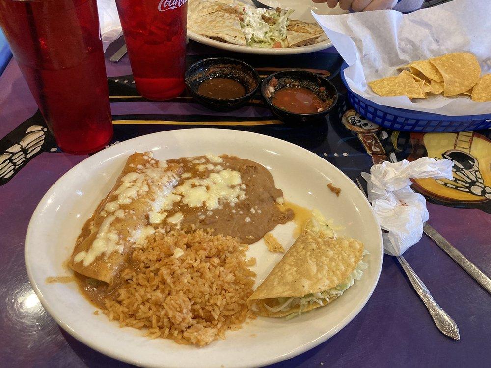 El Jovenaso Mexican Restaurant 2: 22 W Wisconsin Ave, Tomahawk, WI