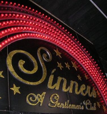 Sinners strip club in minneapolis