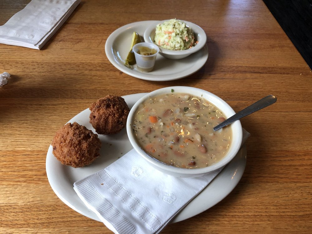 Fred's Fish House: 44 Hwy 101 Cutoff, Mountain Home, AR