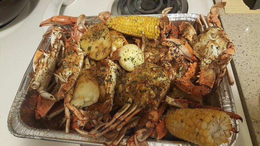 Tampa Blue Crab and Seafood Market: 3113 E Hillsborough Ave, Tampa, FL