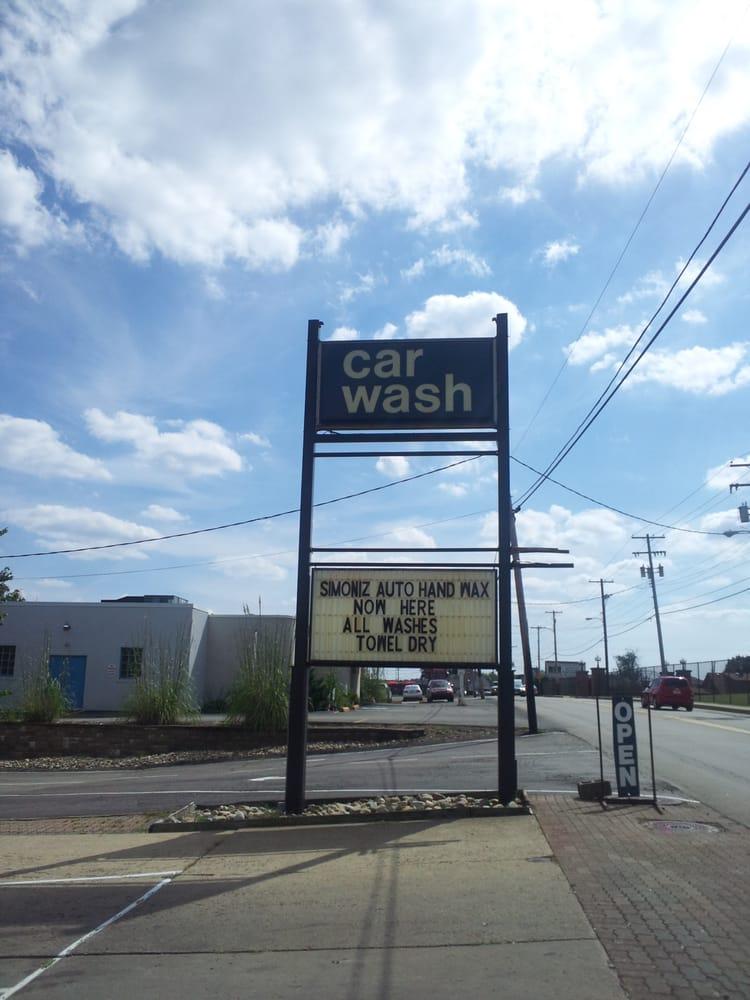 Bouchard's Car Wash: 2146 Freeport Rd, New Kensington, PA