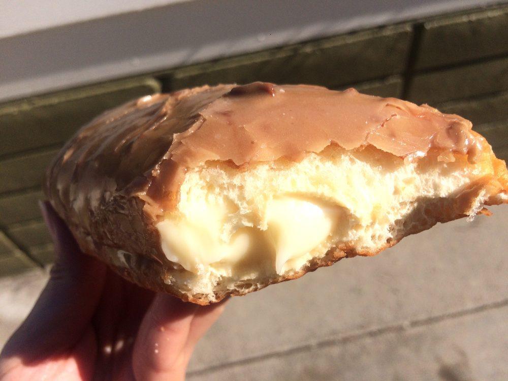 Top Donuts: 1892 Main St, Watsonville, CA