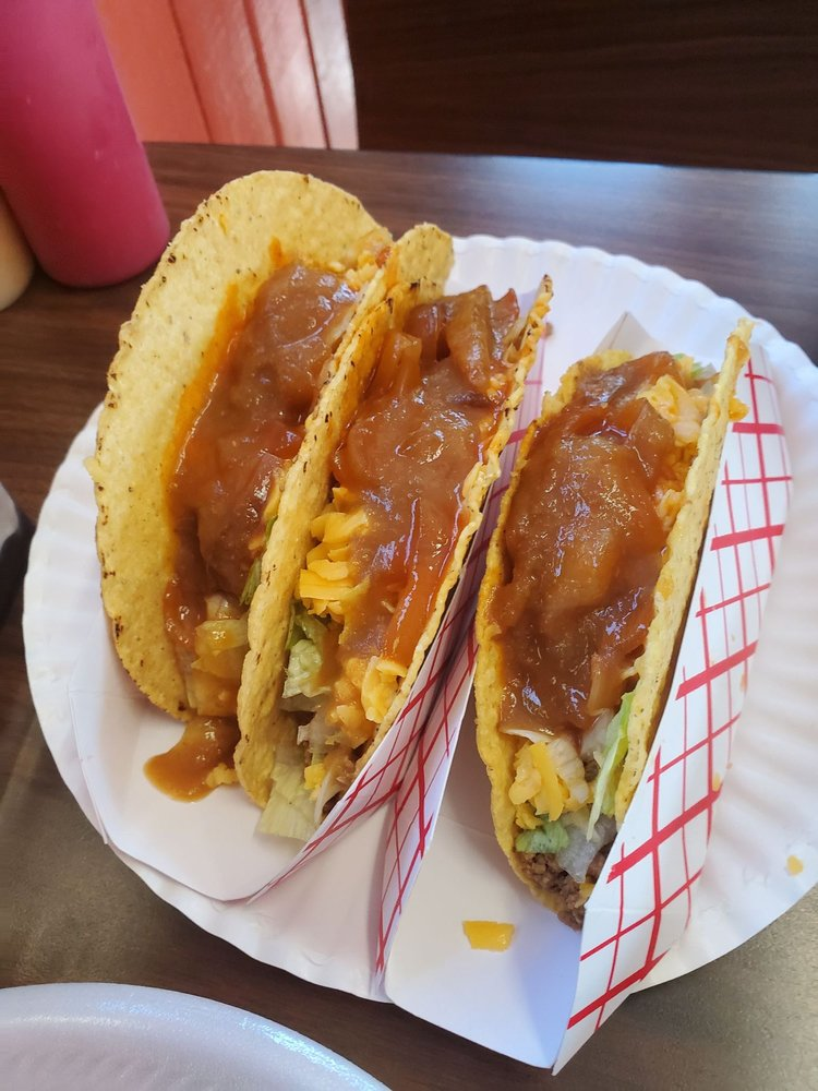 Taco Ticos Stand