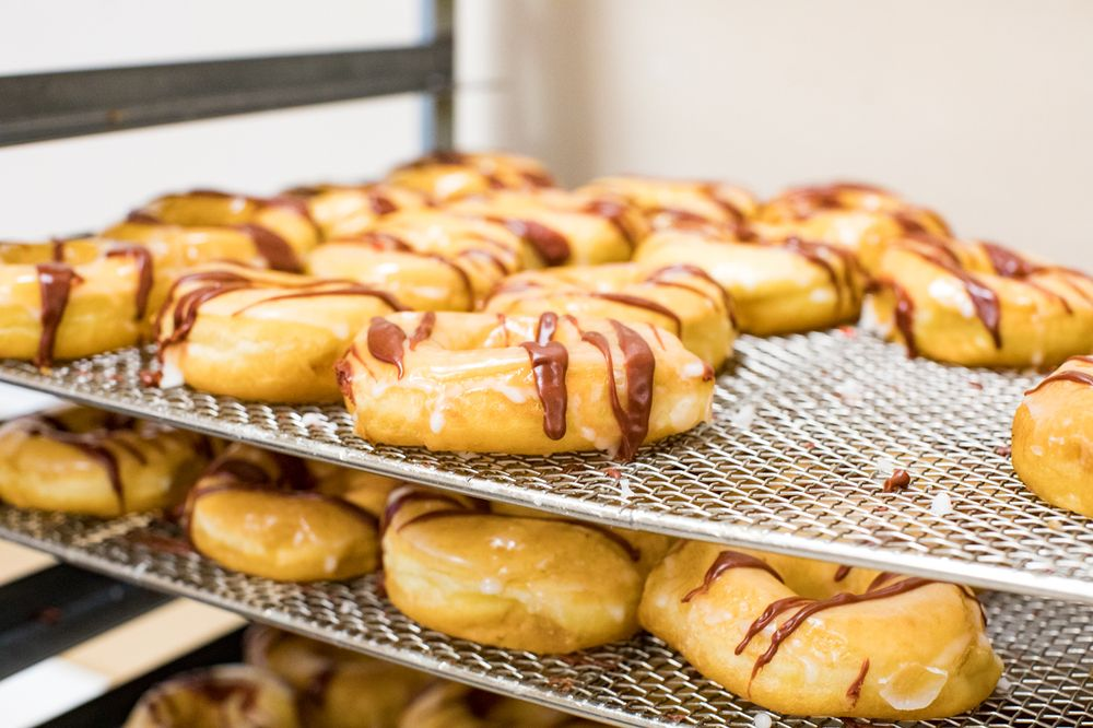 Nigh-Time Donuts: 299 N Main St, Tooele, UT