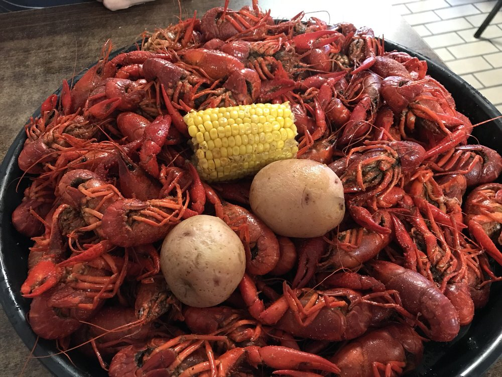 Hollier's Cajun Kitchen: 1709 Ruth St, Sulphur, LA