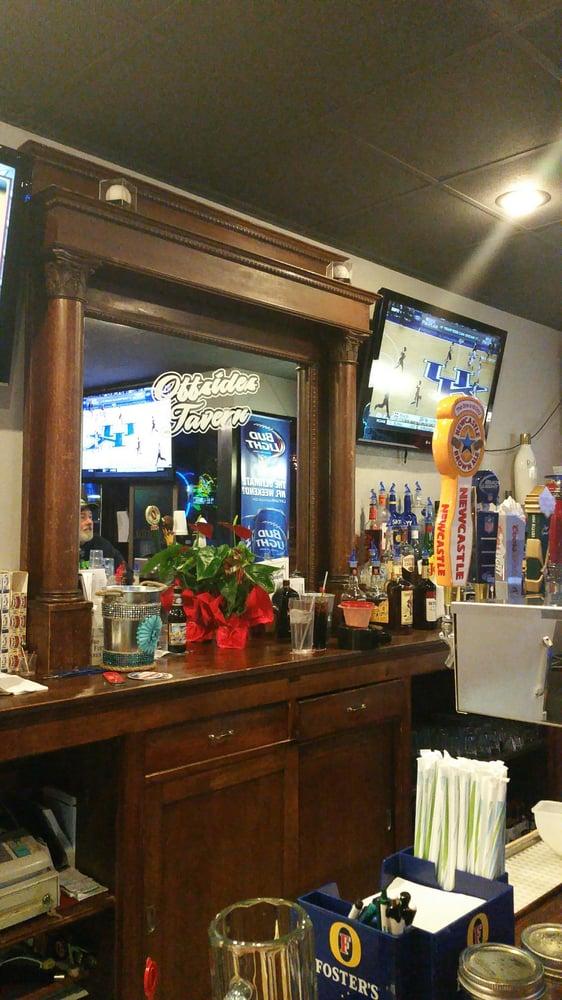 Offsides Tavern: 728 Lincoln Ave, York, NE