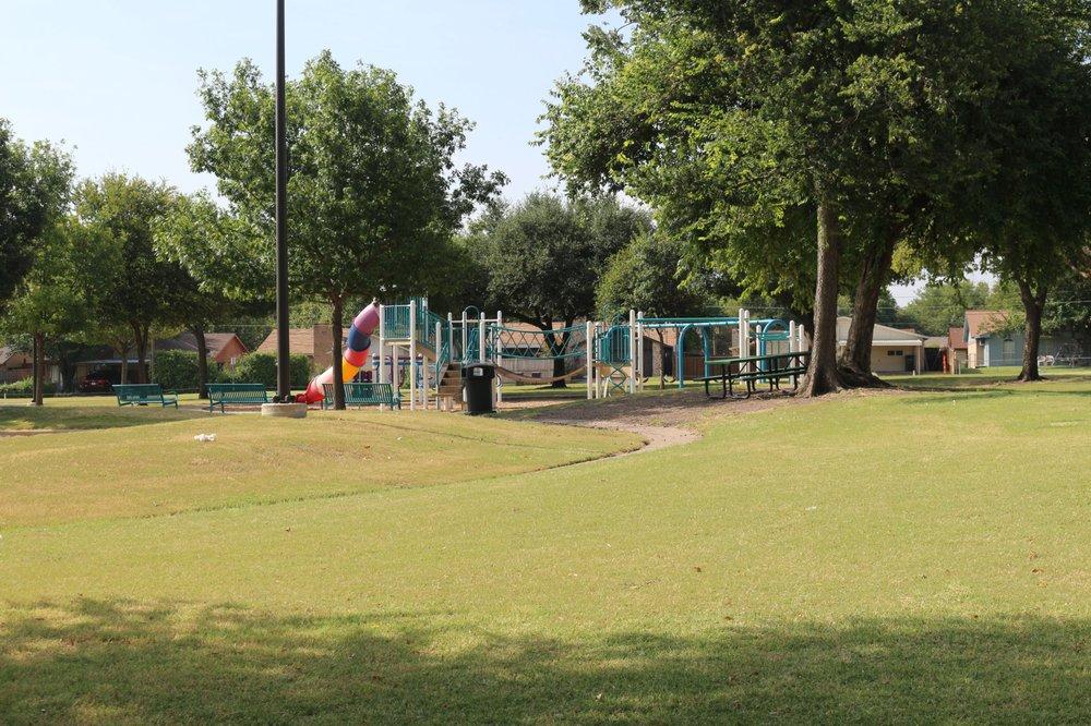 Hackberry Park: 1600 Rio Grande Dr, Plano, TX