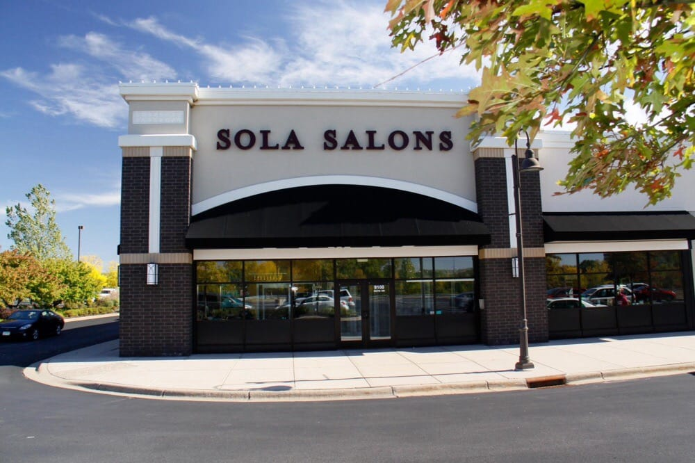 A View From The Outside Of Sola Salons In Woodbury Lakes Mn Yelp