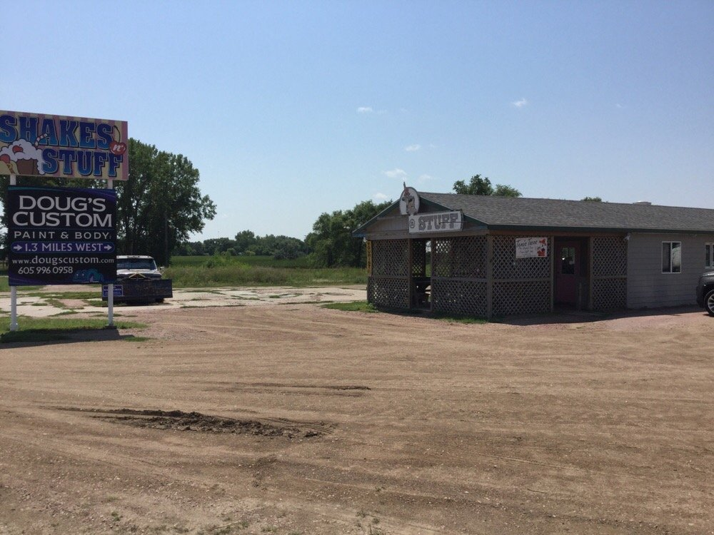 Shakes'n'stuff: 1701 W Havens Ave, Mitchell, SD