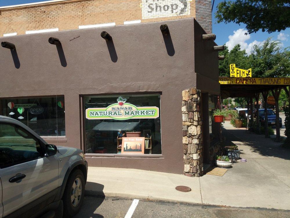 Kanab Natural Foods: 11 W Center St, Kanab, UT