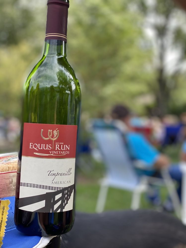 Social Spots from Equus Run Vineyard
