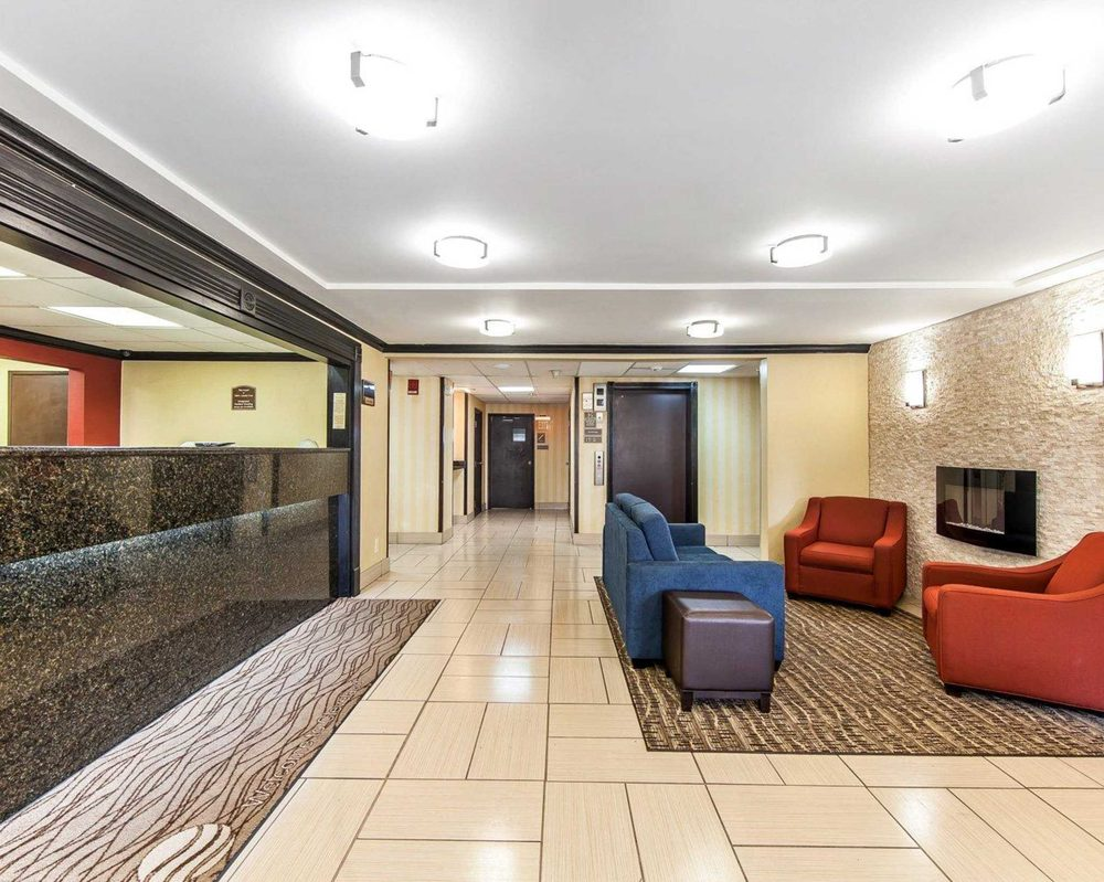 Comfort Inn & Suites: 107 Interstate Drive NW, Cleveland, TN