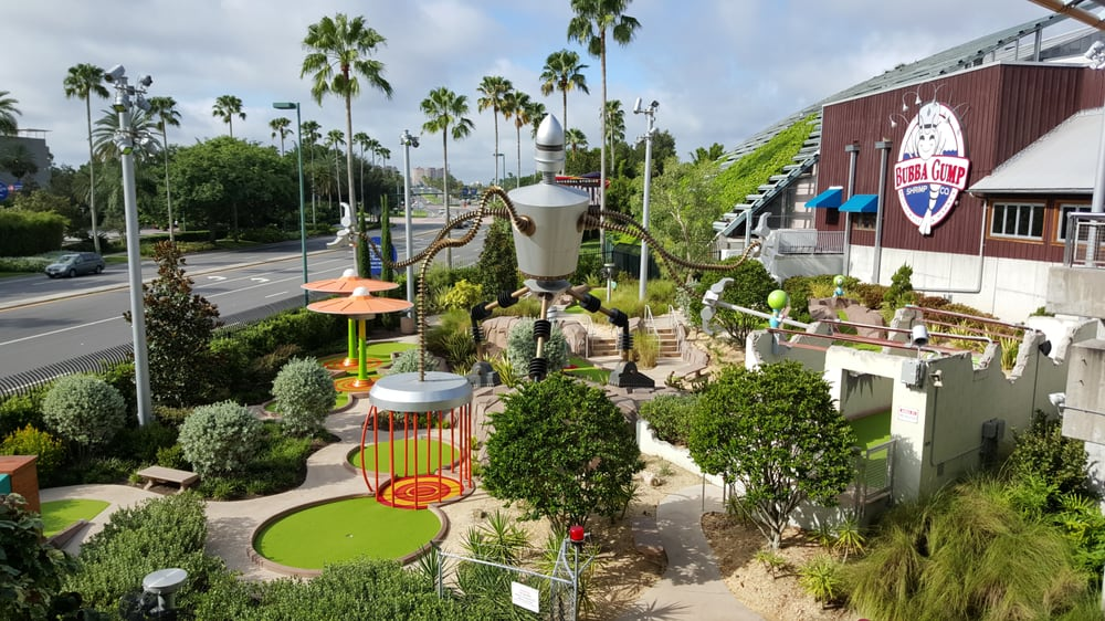 Hollywood Drive In Golf: 6000 Universal Blvd, Orlando, FL