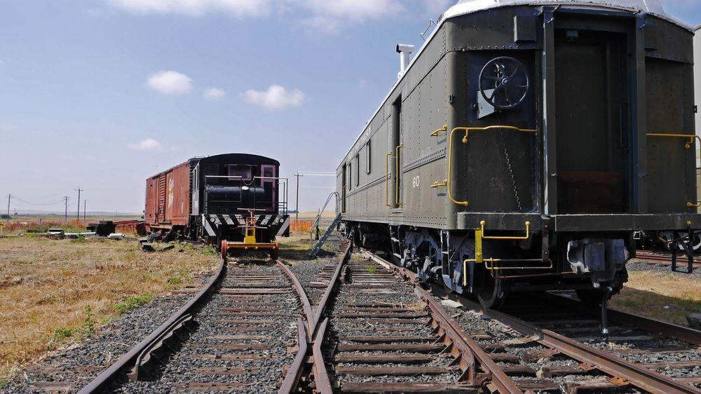 Inland Northwest Rail Museum: 27300 Sprinkle Rd N, Reardan, WA