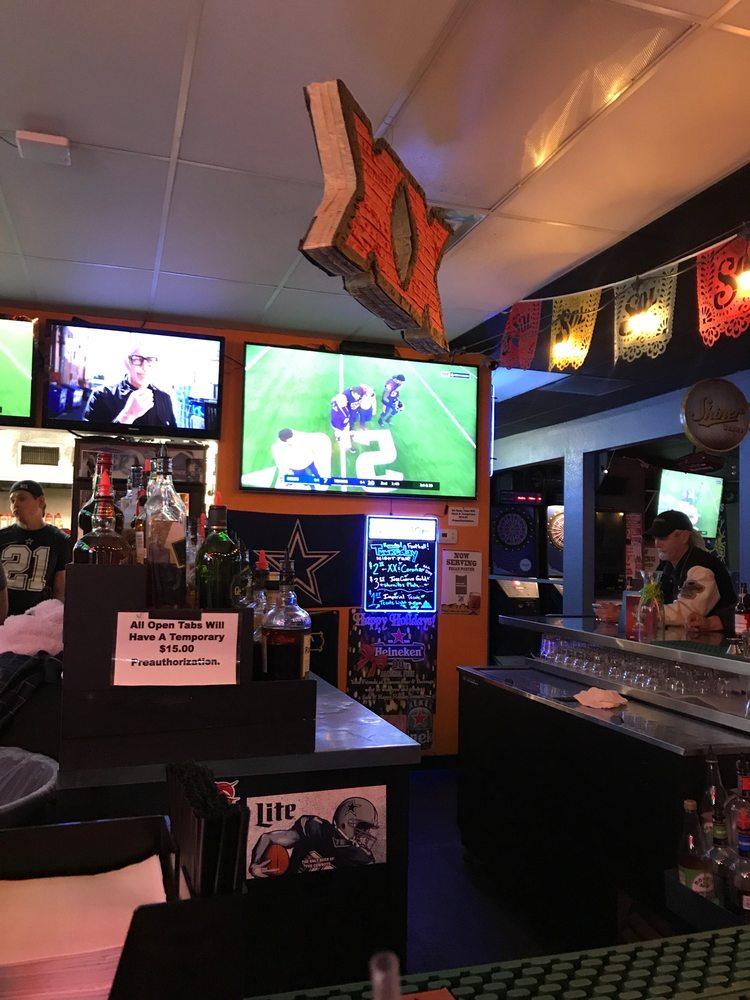 Rockys Bordertown Cantina & Grill: 6999 Montana Ave, El Paso, TX