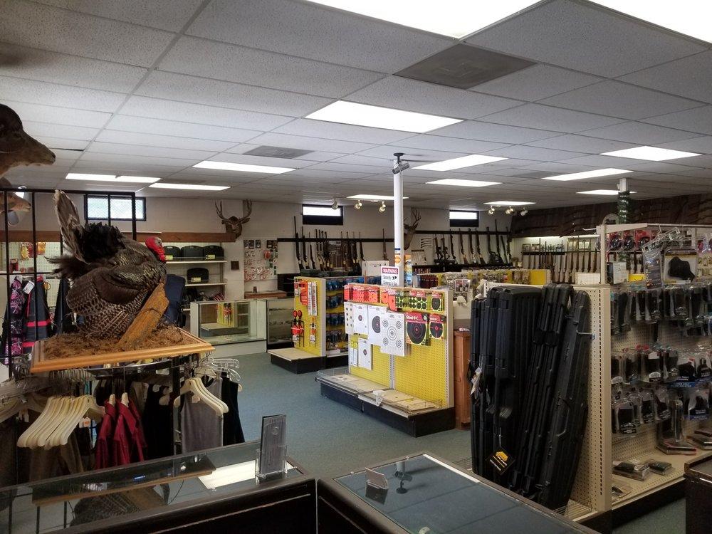 Bighorn Gunshop: 6271 Pleasant Valley Rd, El Dorado, CA