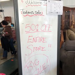 the salvation army family store donation center 22 photos 120 reviews thrift stores. Black Bedroom Furniture Sets. Home Design Ideas