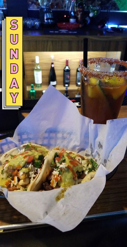 Tipzy's Tacos & Beer