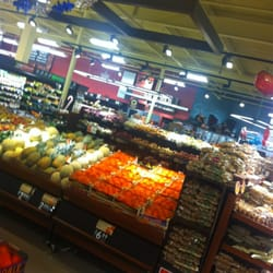 Shoprite Of Southington 19 Reviews Grocery 750 Queen St