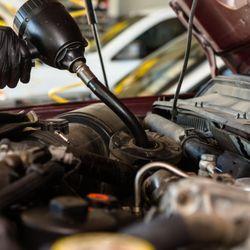 Bradzoil 10 Minute Change Oil Change Stations 1044 Hwy 123 S