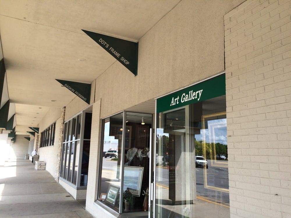 Dot's Gallery & Frame Shop: 4223 Fleur Dr, Des Moines, IA