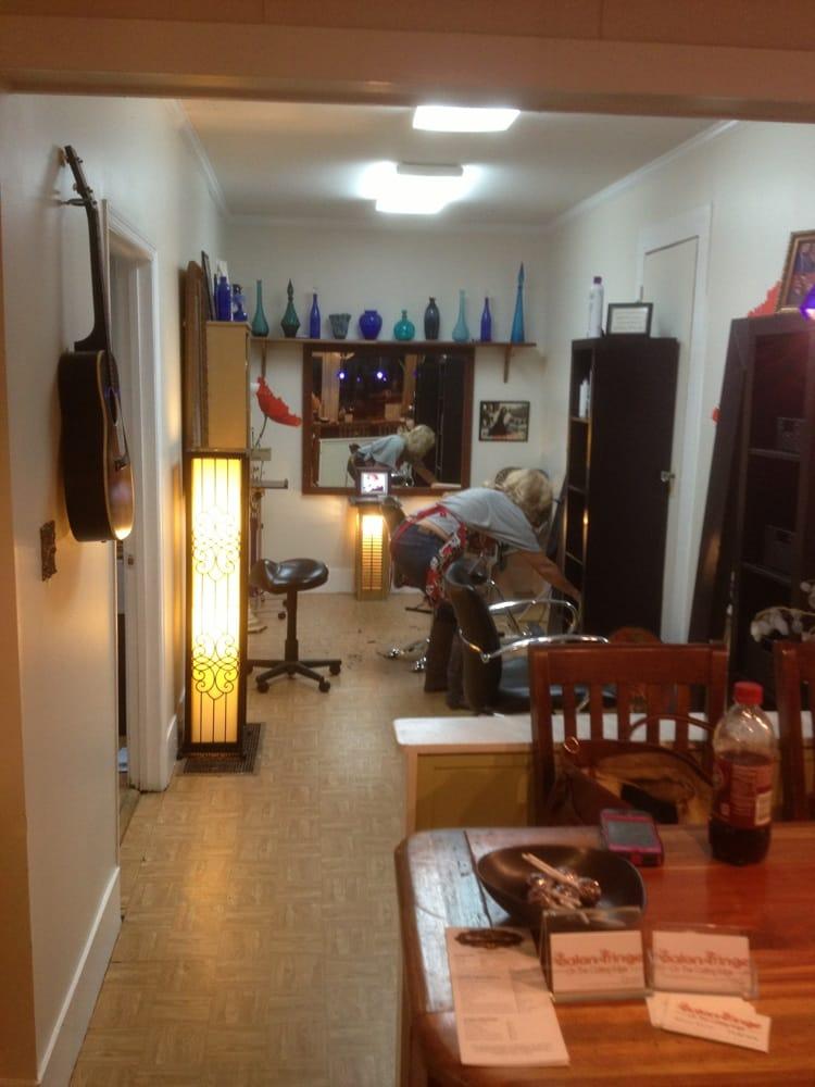 Laraine's Hair Studio: 16004 Barnesville St, Zebulon, GA