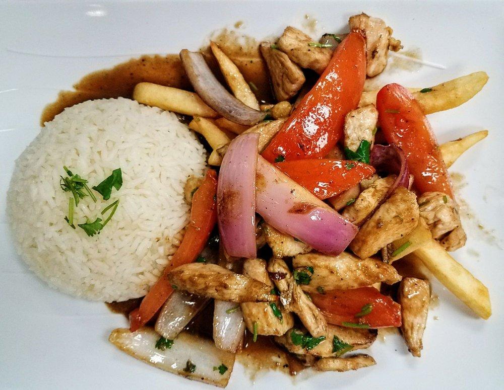 Domi's Peruvian Cuisine: 915 N Euclid Ave, Upland, CA