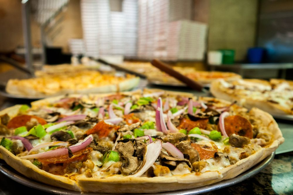 Larry's Pizza: 3405 Atwood Rd, Little Rock, AR