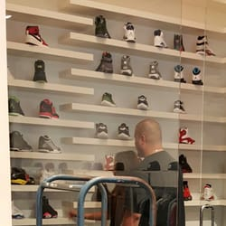 Stash - 12 Reviews - Shoe Stores - 1250 N Milwaukee Ave