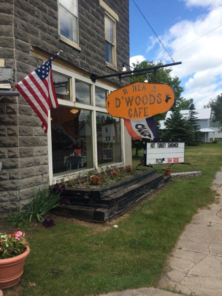 R Nek A D'Woods Cafe: 44005 State Rte 3, Natural Bridge, NY