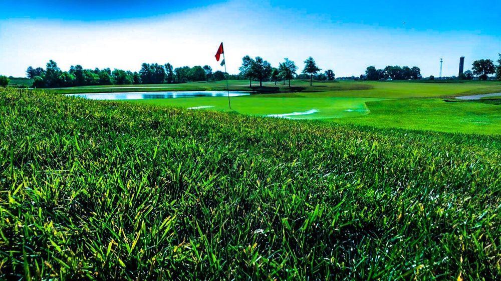 Roland Barkau Memorial Golf Course: 1501 N Waterworks Rd, Okawville, IL