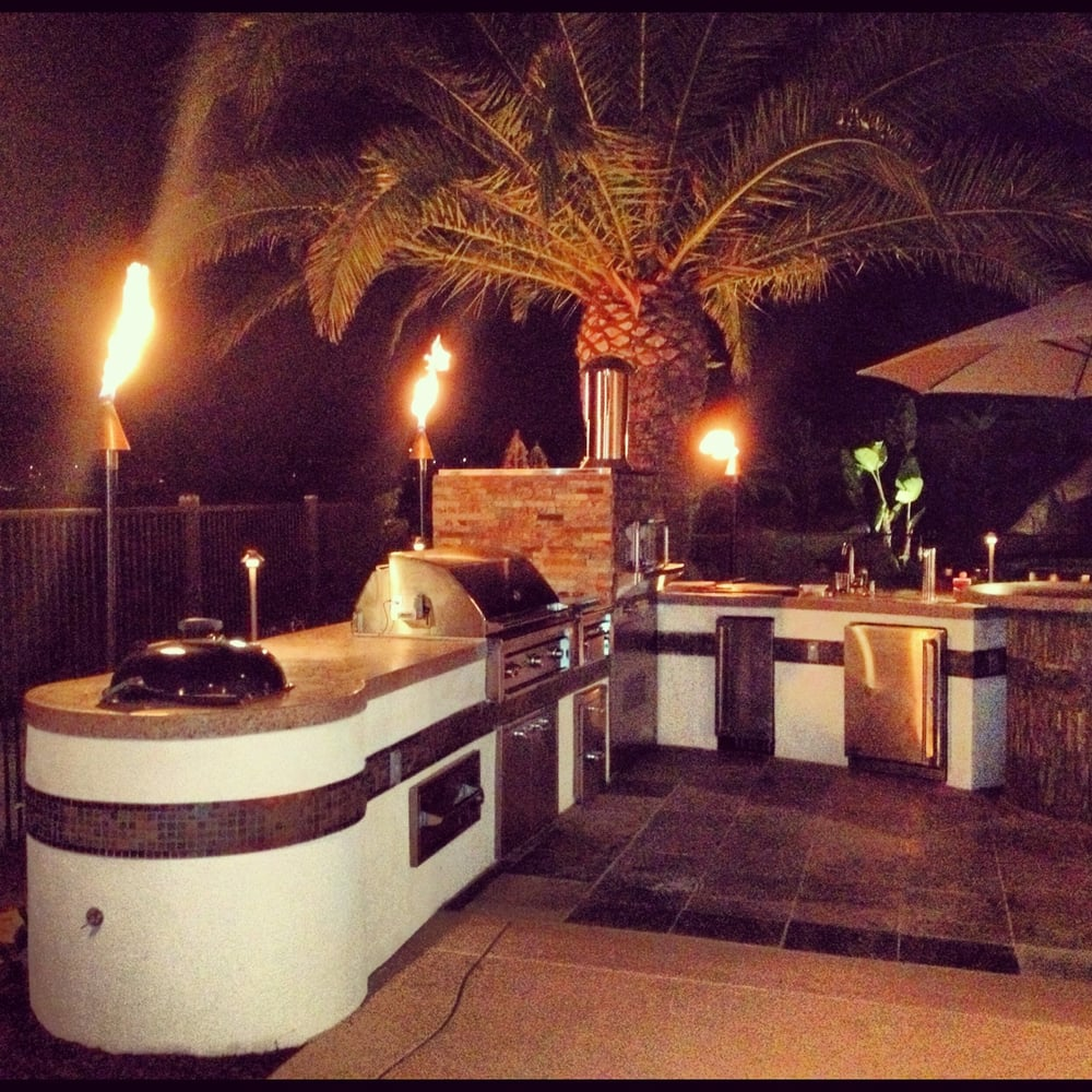 Our Latest Outdoor Kitchen And Bar Equipped With Pizza