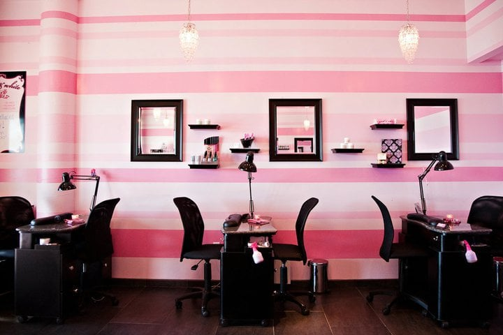 Pink white nail salon closed 40 reviews nail for Interior design images lounge