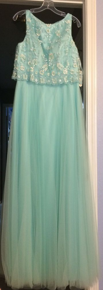 Glamour Gowns and More: 124 S Main St, Broken Arrow, OK