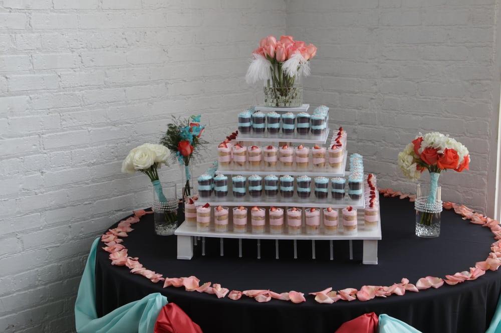 Posies Baby Cakes: 4150 N Ashland, Chicago, IL