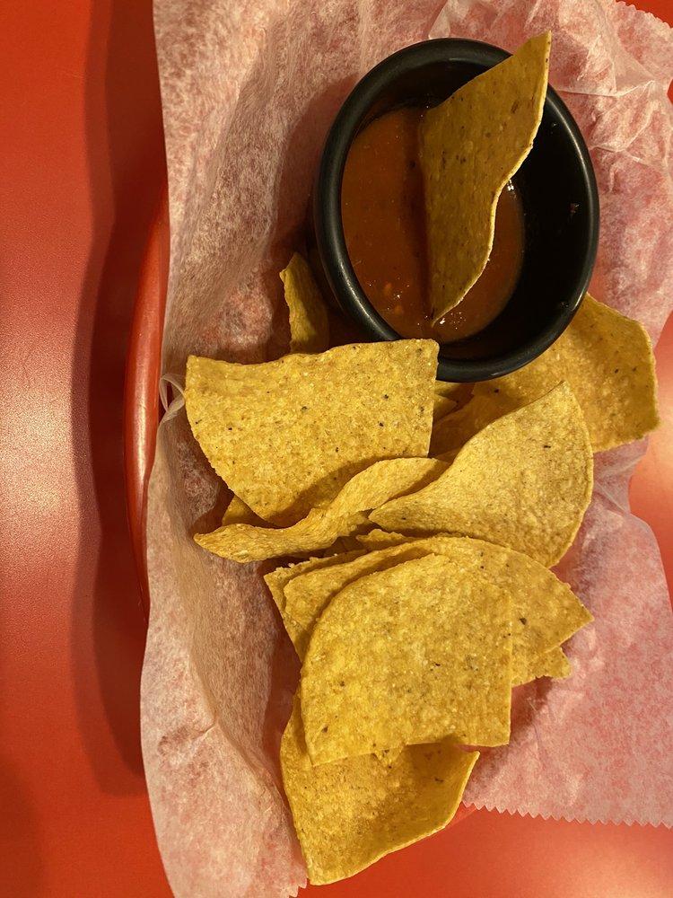 Aggies Cafe: 162 N 4th St, Pleasanton, TX