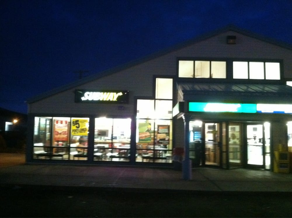 Subway: 815 Campbell St, Baker City, OR