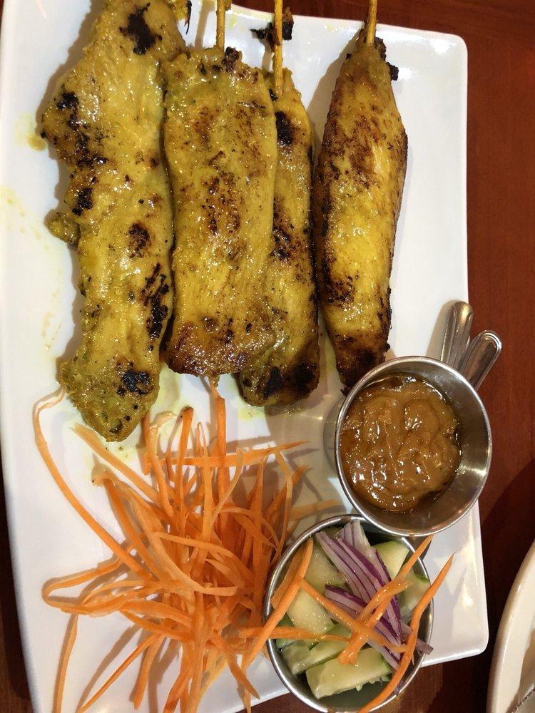 Garden Thai Cuisine: 1764 E Lugonia Ave, Redlands, CA