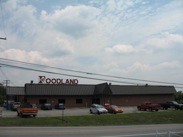Grindstone Foodland: 6047 National Pike, Grindstone, PA