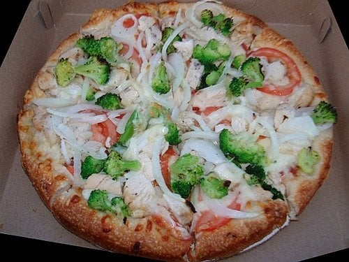 Billy's Famous Pizza: 380 Daniel Webster Hwy, Merrimack, NH